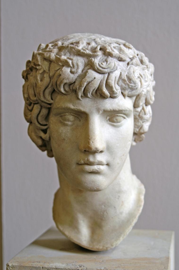 Statues Greek Roman